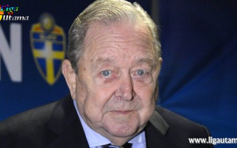 Presiden UEFA Meninggal Dunia