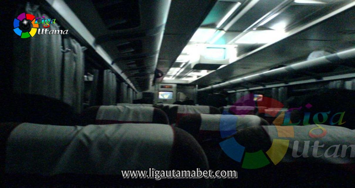 Bus Hantu Bekasi Bandung dan Furi Harun
