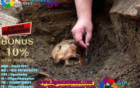 10 Penemuan Arkeologi yang Nggak Sengaja Ditemukan