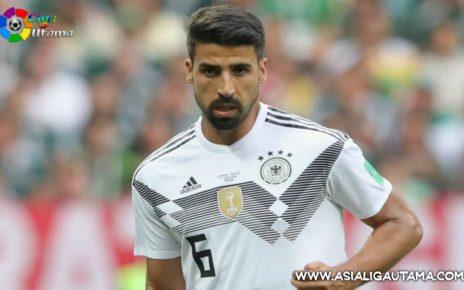Terlihat di Emirates, Sami Khedira Merapat ke Arsenal?