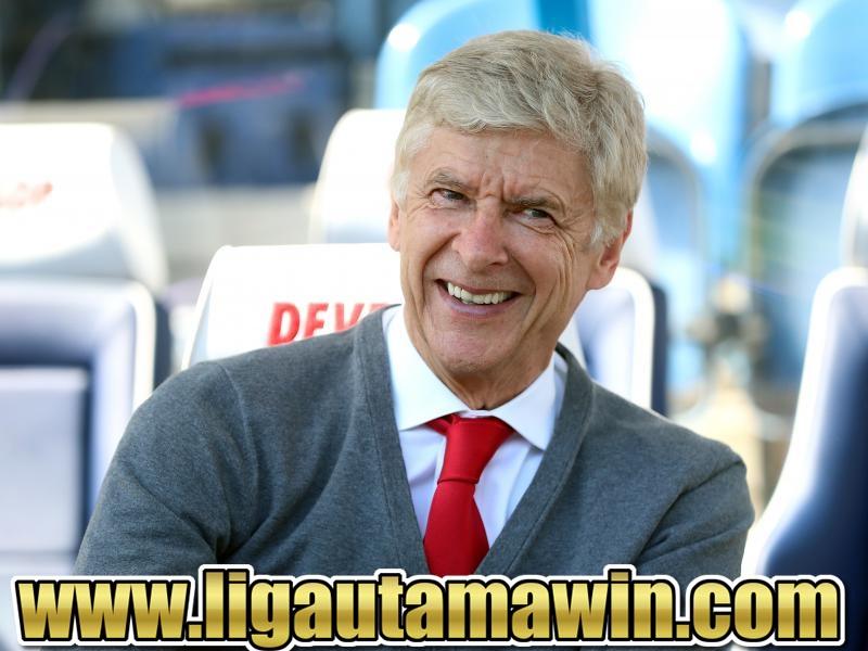 Arsene Wenger: Saya Latih Manchester United? Siapa Takut!