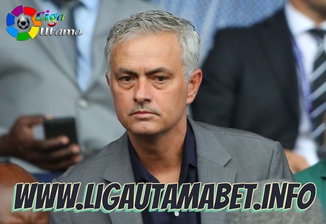 Jose Mourinho tegaskan bahagia melatih Tottenham