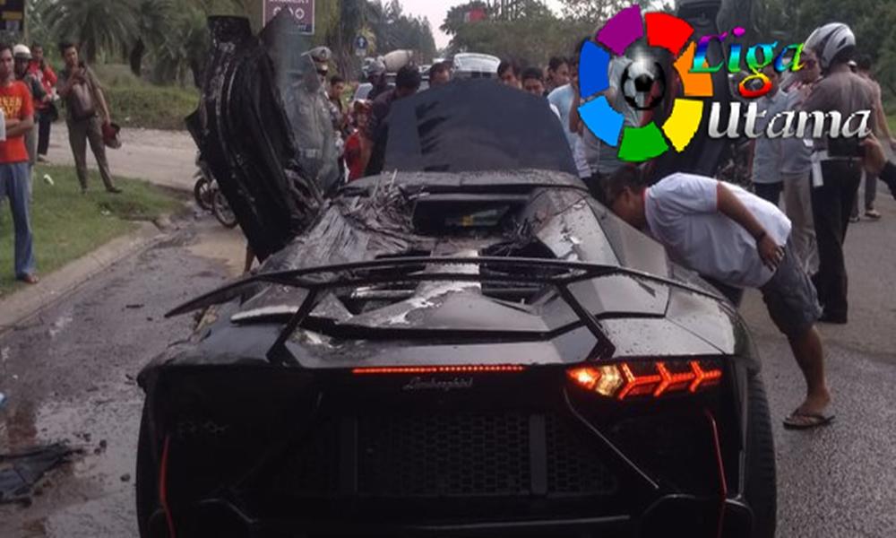 Nama Pemiliknya Ibunda Raffi Ahmad STNK Lamborghini yang Terbakar Selamat,