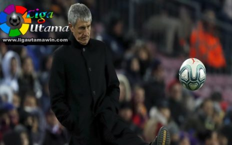 Quique Setien tak Senang Lihat Permainan Barcelona