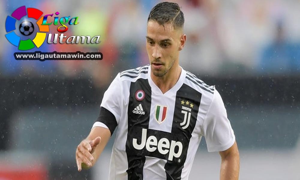 Juventus Belum Pasti Tukar De Sciglio