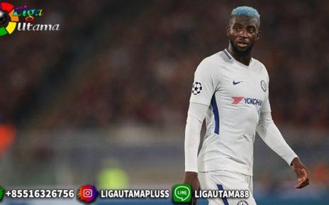 AC Milan Ingin Pulangkan Tiemoue Bakayoko