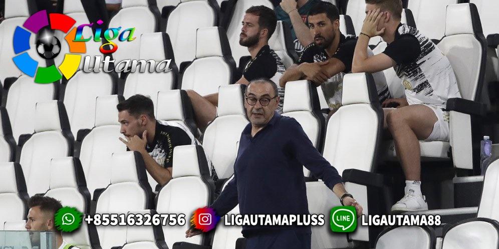 Maurizio Sarri Bunuh Diri di Juventus