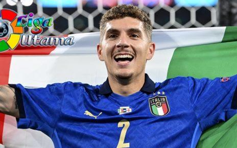 Di Lorenzo Resmi Perpanjang Kontrak di Napoli